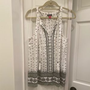 NWOT Vince Camuto Printed Tank